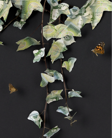 Ivy sculpture from old English Pounds