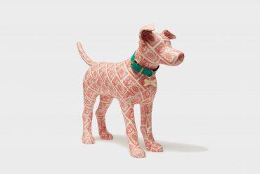 Money dog Sculpture