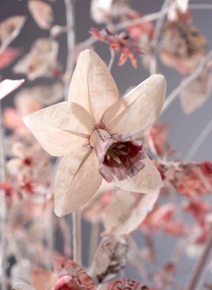 paper Money flower sculpture
